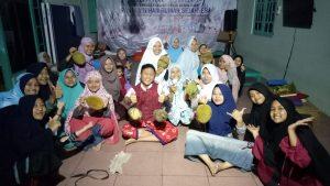 Makan durian bersama